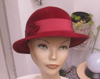 Org 50 he j. cherry-red wool felt Hat