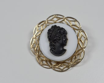 Vintage Cameo Brooch Pin White With Black Cameo Pin Goldtone Filigree Accents Vintage Pin Vintage Cameo