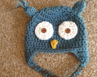 Blue crocheted owl hat 0-3 months