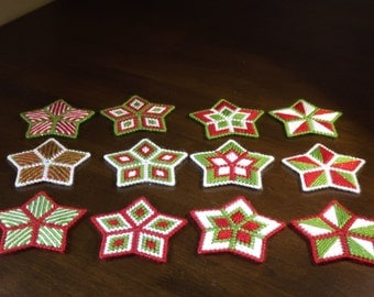 SALE! - Sparkly Plastic Canvas Christmas Stars (Set of three) - Your choice of colors and styles - Magnets/Ornaments/Coasters - Customizable