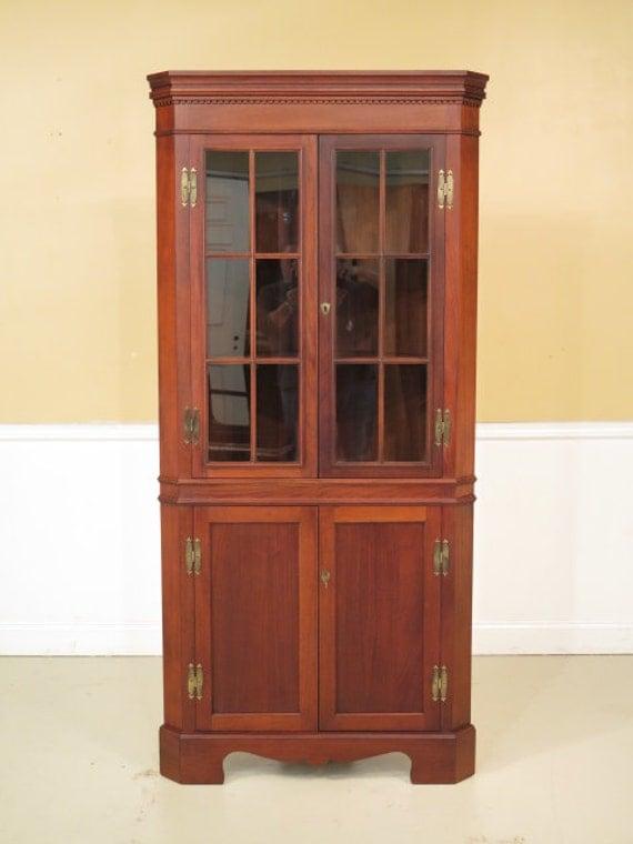 37225e Craftique Chippendale Mahogany Corner China Cabinet
