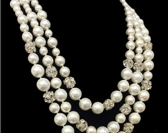 Luxury Three Strand Shell Pearl Necklace
