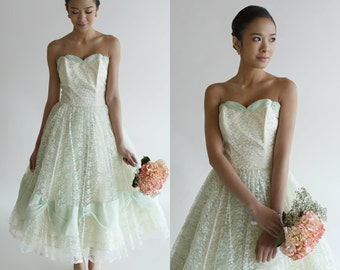 Tea Length Wedding Dress / Vintage 1950's Strapless Dress