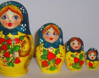 Nesting Doll Matryoshka, Russian doll, Russian matryoshka doll, Matrioshka – Strawberry blue and red kod137-136