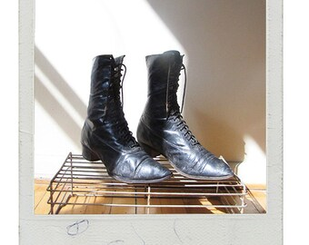 Antique Womens Victorian Boots - Size 6