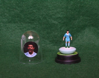 Sergio Aguero (Manchester City) - Hand-painted Subbuteo figure housed in plastic dome.