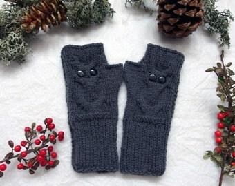 Fingerless  Gloves Knit Owl Gloves Wool hand warmers Gray arm warmer Knit gloves Knit wrist warmers Fingerless mittens Knit owl womens gift