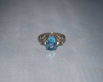 Sterling silver Topaz ring size 9