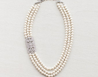 Three Strand Brooch Pearl Necklace