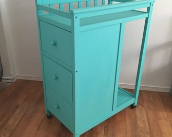 Changing Table with Drawers & Area for Diaper Pail