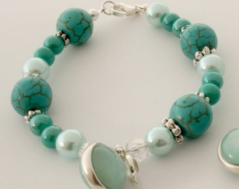 Charm bracelet with turquoise and azore pearls