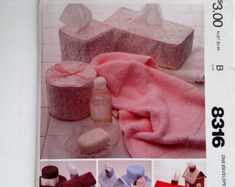 McCall's 8316 vintage 1980s tissue covers, home decorations,  TP roll cover, Bathroom accessories