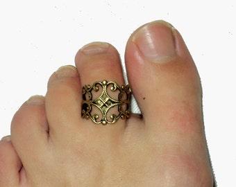 toe pinky or finger etnic filigree toe ring