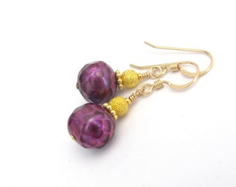 Freshwater Pearl Earrings 14K Gold Fill French Hook Ear Wires, Faceted Purple Pearls, Bohemian Color and Design, Stardust Vermeil Beads