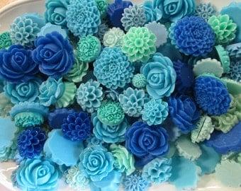 25pc. blue flower cabochon mix,  cute grab bag of roses, mums etc...