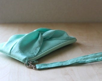 Mint Knot Bow Wristlet for Bridesmaid