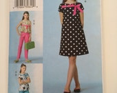 Girl's Top, Dress, Capri pants and Pants Vogue 8062 Pattern - Preppy Resort wear for girls