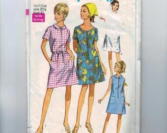 1960s Vintage Sewing Pattern Simplicity 7655 Womens Zipper Front A Line House Dress Half Plus Size 22 1/2 Bust 43 60s 1968