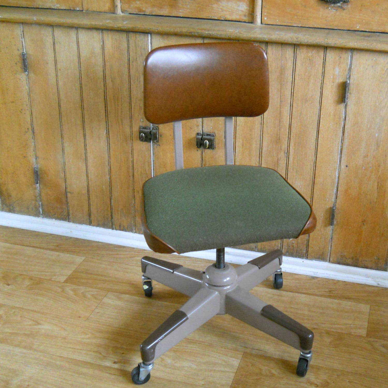 Vintage Rolling fice Chair Mid Century Green and Brown