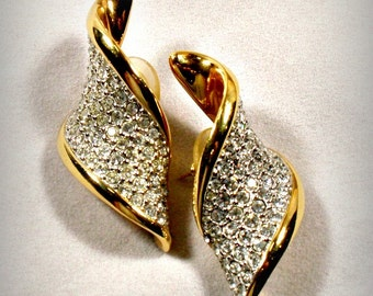 Swarovski Pave Crystal Rhinestones Twist Earrings Post Pierced Ears Swan Logo Vintage