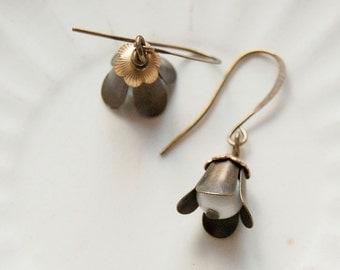 Bell flower - flower bud earrings