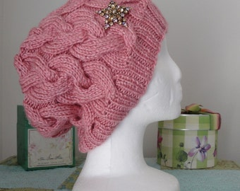 Soft pink cabled slouch hat w/matching brooch