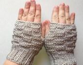 Grey Bamboo Blend Basket Weave Fingerless Gloves