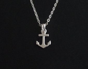 Anchor Necklace in 14kt White Gold