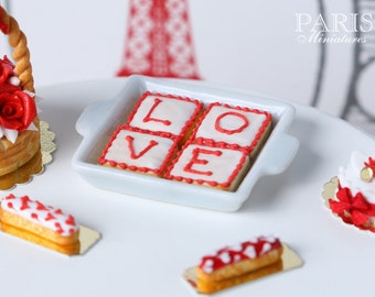 L-O-V-E Cookies - (Large) Suitable for Blythe, Pullip, AGD (American Girl Doll), Playscale, 1/6