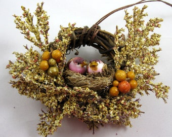 Birds in a Nest Christmas Ornament 302