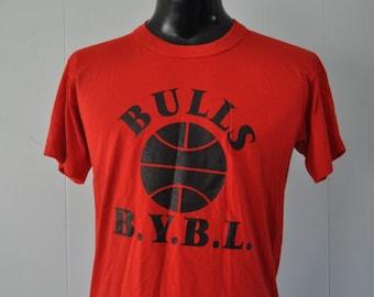 Vintage Bulls Tshirt Near Burnout Classic ymca sports  Red n Black Sports Bball Tee MEDIUM