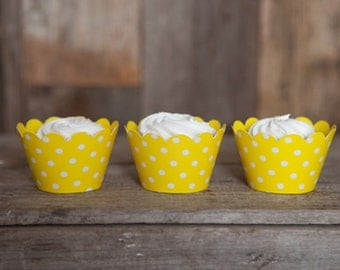 12 Yellow Polka Dot REVERSIBLE Cupcake Wrappers - Solid Yellow & Polka Dot Cupcake Wrappers - 2 in 1! Birthday Parties and Baby Showers