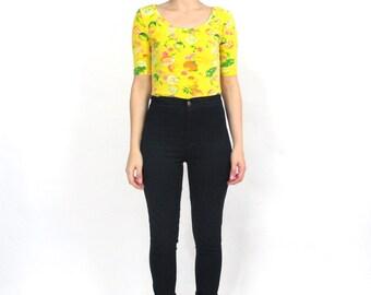 90s Fruit Print Crop Top Pineapple Print Tshirt Sunny Yellow Lemons Orange Limes Cherry Short Sleeve Summer Hipster Fitted Tshirt (XS)