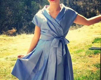 Stunning Tailored Vintage Dress Size 10