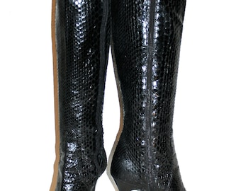 ANNE KLEIN Vintage Snakeskin Boots Black Stiletto Reptile Skin 7 - AUTHENTIC -
