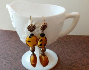 Animal print fish hook dangle earrings Wild animal print brown art glass beads, dangle fish hook earrings handcrafted jewelry