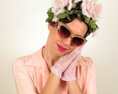 Vintage 1950s Floral Headband / 50s Fascinator Hat with Large Rose Flowers in Pale Pink