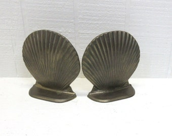 Vintage Sea Shell Clam Scallop Solid Brass Bookends