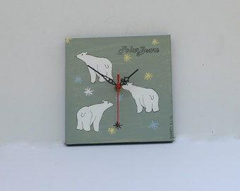 Cute Bear Wall Clock , Kids wall clock, Nursery wall clock, Nursery clock, Children wall clock, Kids clock, Bear nursery decor