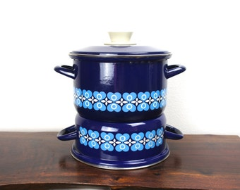 Vintage Japanese Set of Navy Blue Pots with One Lid, Enameled Steel, Japanese Enamelware Cookware Set, White Blue Floral Heart Pattern 1960s