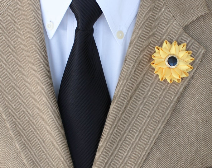 Sunflower Boutonniere, Mens Lapel Pin, Mens Lapel Flower, Men's Lapel Flower, Sunflower Lapel Pin, Black Eyed Susan, Yellow Lapel Pin