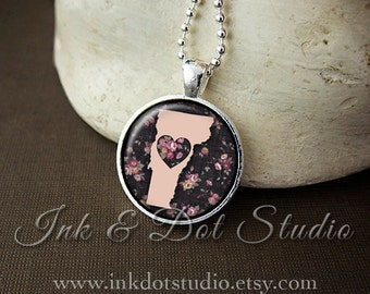Floral Vermont State Necklace, Vermont Love Pendant, Pink Vermont State Pendant, Vermont Gift, VT State