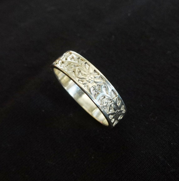 Ring Floral Wedding Band Sterling Silver Flower Ring Daisy Wedding