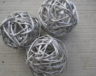 "Twig Balls - 5cm  / 2"" - Metallic Silver - Set of 3"
