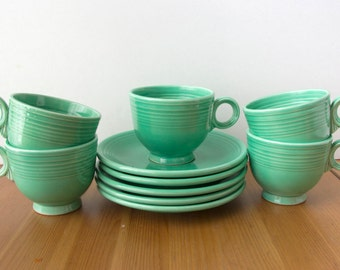 Vintage Homer Laughlin Fiesta Original Green 5 Footed Cups and Saucers