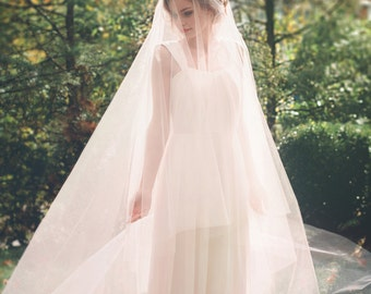 Blush Pink Cathedral Wedding Veil - Bridal Veil - Drop Veil with Smooth Cut Edge - Simple Wedding Veil - Circle Cut Veil - Rome