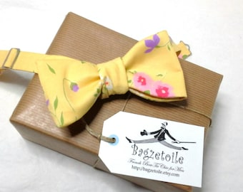Bow Tie - yellow, floral - mens self tie bow ties, classic bowtie - for him by Bagzetoile Bow Ties / ships worldwide