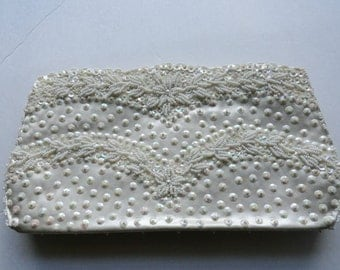 VINTAGE WHITE SEQUIN Purse Minimalist Beaded Bridal bag |Hand Made  Vintage Bridal White Purse|White Beaded Evening Bag|White Clutch bag