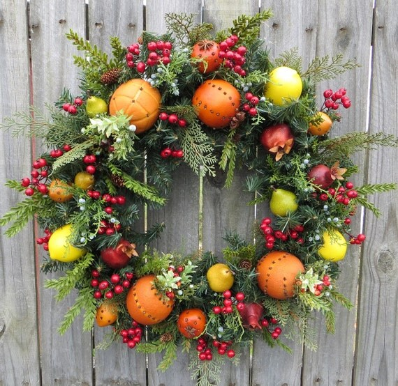 Christmas Wreath Williamsburg Style Christmas By HornsHandmade