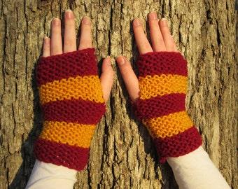 Gryffindor Fingerless Gloves; Harry Potter World of Hogwarts